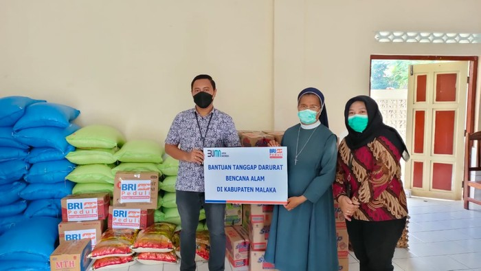 Bantuan Tanggap Bencana BRI ke Korban Bencan NTT-NTB