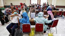 Ahli Sarankan RT RW Bantu Mendata Peserta Vaksinasi Corona yang Puasa