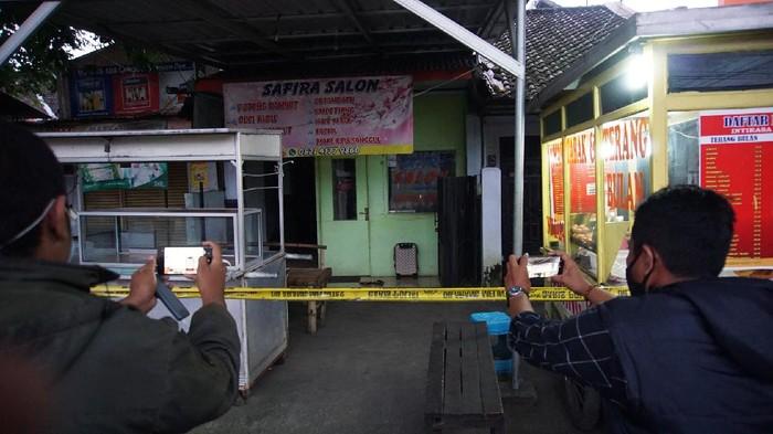 Koper Titipan Pria Tak Dikenal Bikin Takut Warga di Mojokerto, Gegana Diterjunkan