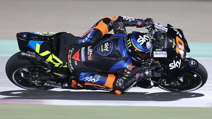 SKY VR46 Esponsoramas Italian rider Luca Marini rides during the first qualifying session ahead of the Moto GP Grand Prix of Doha at the Losail International Circuit, in the city of Lusail on April 3, 2021. (Photo by KARIM JAAFAR / AFP)