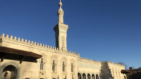 Sebagai ibukota Amerika Serikat, Washington DC juga memiliki masjid yang indah. Islamic Center of Washington DC menjadu pusat kajian kebudayaan Islam di Amerika Serikat. (iStock)