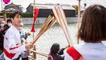 Melihat Estafet Obor Olimpiade Tokyo di Perahu Chintoro