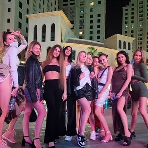 Terpopuler Sepekan: Puluhan Model Pose Bugil di Dubai Ditangkap Polisi