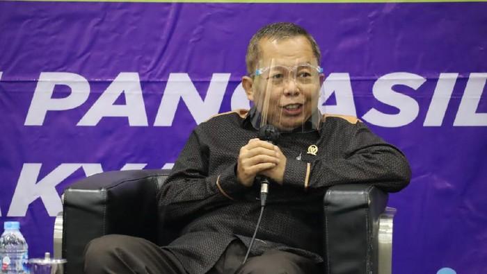 Wakil Ketua MPR RI Arsul Sani menilai paham dan gerakan radikalisme bisa dicegah dan dihentikan, jika seluruh proses penyelenggaraan negara membuka ruang konsultasi dan partisipasi publik.