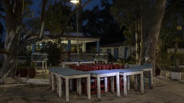 Ketika penularan virus Corona meningkat lagi di Yunani pada musim gugur, pemerintah memberlakukan penguncian kedua.