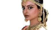Rekha dan Kisahnya Bersama Amitabh Bachchan hingga Ditampar Jaya Bachchan