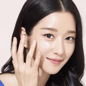 Seo Ye Ji Menawan di Ultah ke-31, Ini Rahasia Kecantikannya