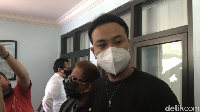 Reaksi Dennis Lyla Kelakuannya Dibongkar Thalita Latief