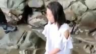 Fakta Perempuan Berbaju Putih Duduk Termenung di Pantai Trenggalek