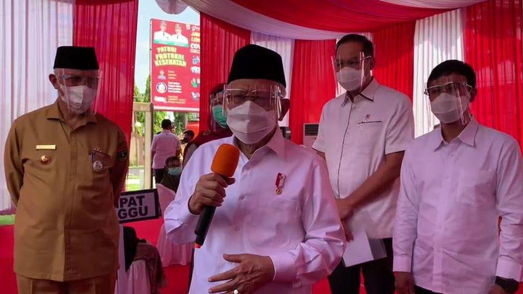 Kunjungi Sumbar, Maruf Amin Minta Warga Tak Takut Divaksin