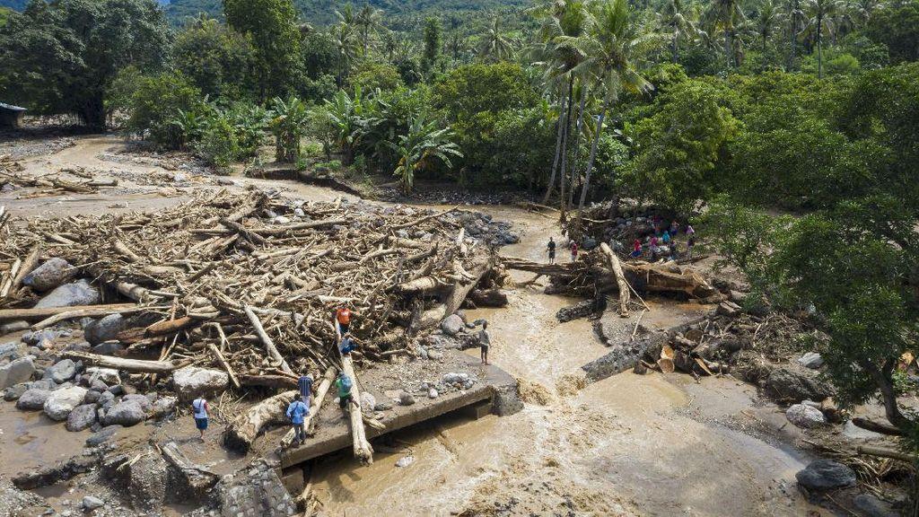 Analisis Banjir Bandang NTT dari Antariksa