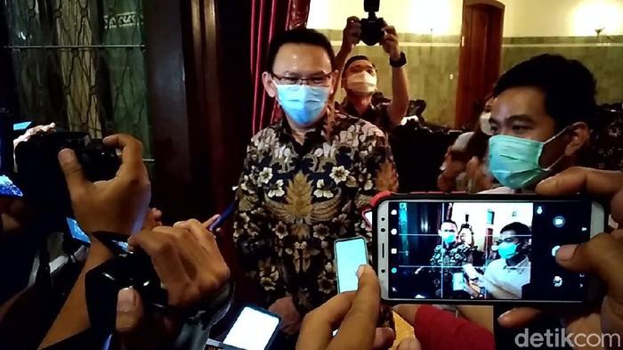 Mantan Gubernur DKI Jakarta Basuki Tjahaja Purnama alias Ahok meluncurkan buku Panggil Saya BTP di Gedung Tempo, Palmerah, Jakarta Selatan, Senin (17/2/2020).