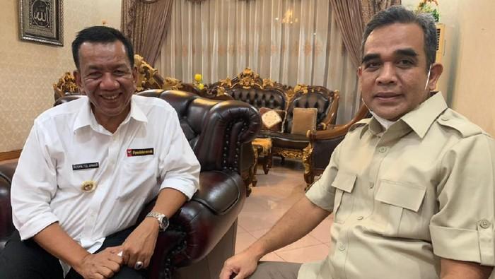 Sekretaris Jenderal Partai Gerindra Ahmad Muzani dan Bupati Rusma Yul Anwar (Dok Gerindra)
