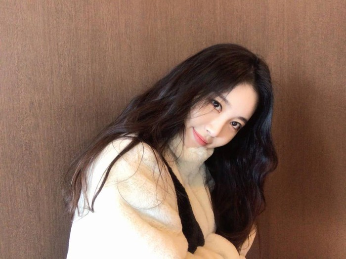 Potret Yura Girls Day yang akan main bareng Song Hye Kyo di We Are Breaking Up
