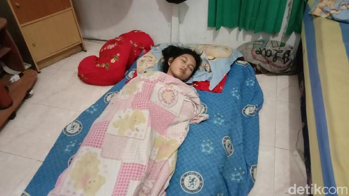 Gadis di Kalsel sudah tertidur selama sepekan. Gadis yang akrab disapa Echa ini sempat tertidur selama 13 hari pada 2017 lalu. (dok Istimewa)