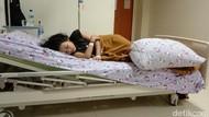 Echa Putri Tidur Banjarmasin Masih Terlelap, Makan Disuapi Saat Terpejam