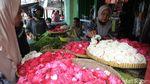 Geliat Penjualan Bunga Tabur di Bantul