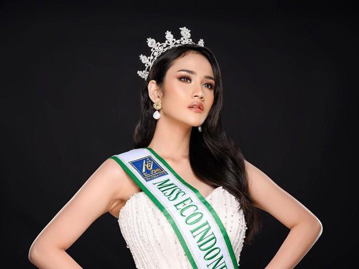 Intan Wisni Permatasari menjadi sorotan warganet usai tampil di malam final ajang kecantikan Miss Eco International 2021.