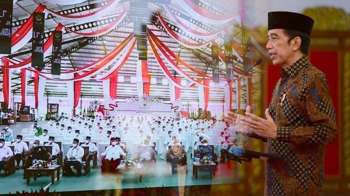 Presiden Joko Widodo (Jokowi) membuka Musyawarah Nasional IX Lembaga Dakwah Islam Indonesia (LDII) Tahun 2021 di Istana Negara, Jakarta. Dalam pidatonya, Jokowi bicara mengenai toleransi di Indonesia.