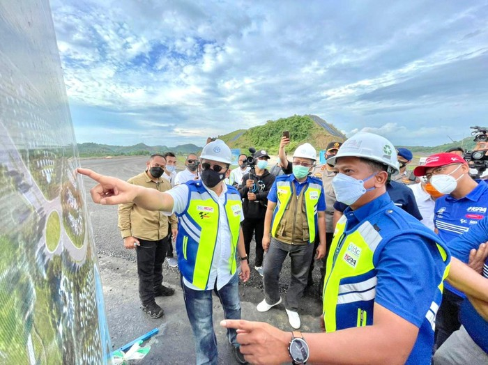 Ketua MPR RI Bambang Soesatyo mendukung penandatanganan MoU antara Indonesia Tourism Development Corporation (ITDC) dengan investor asal Dubai Bin Zayed International LLC dalam membangun lapangan golf 27 hole bertaraf internasional di Bukit Merese, KEK Mandalika.
