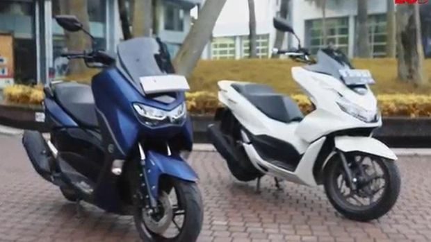 Ototest PCX 160 ABS vs Nmax 155 Connected ABS