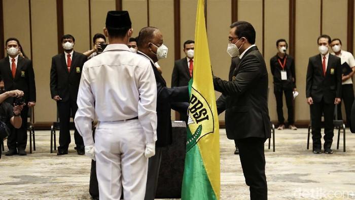 Agung Firman Sampurna dilantik sebagai Ketum PP PBSI di Swissotel Jakarta PIK Avenue, Jumat (9/4/2021). Pelantikan dilakukan oleh Ketua KONI Pusat Marciano Norman.