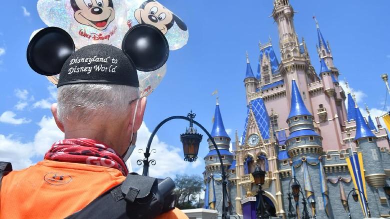 Don Muchow di Disney World