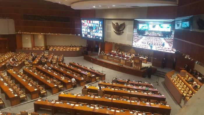 DPR RI gelar rapat paripurna penutupan masa sidang IV tahun 2020-2021.
