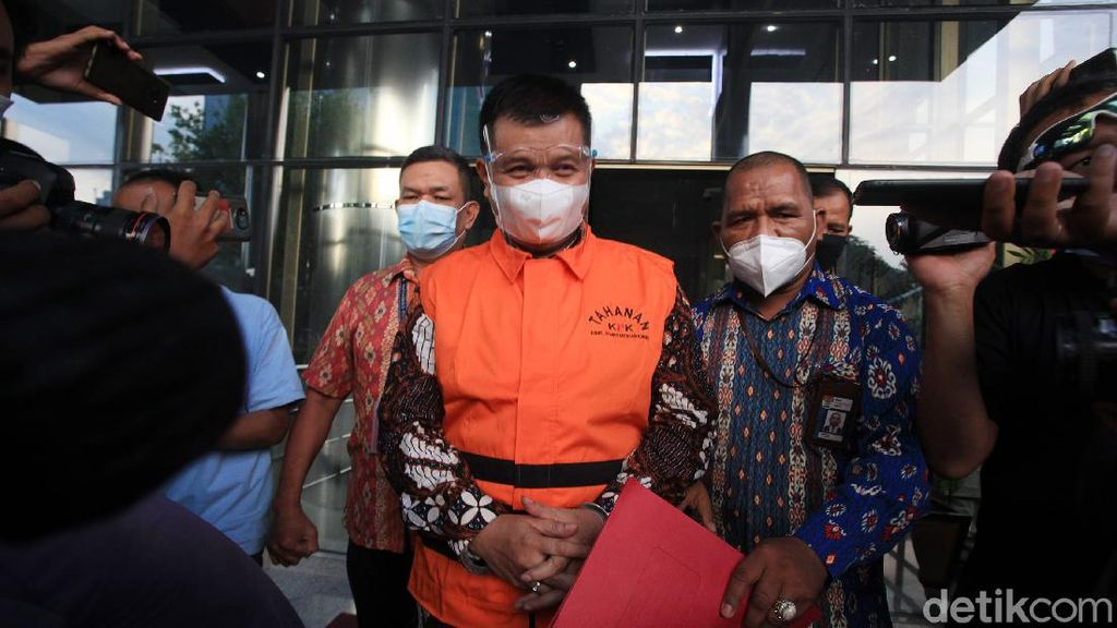 Puluhan Saksi Diperiksa, Pengacara Klaim Aa Umbara Tak Terlibat Korupsi Bansos