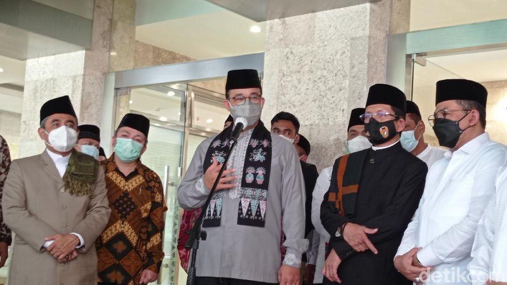 Istiqlal Dibuka, Anies Minta Warga Tak Sahur-Iftar di Masjid