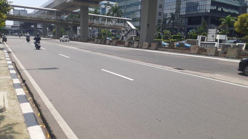 Usai Diperbaiki Lagi, Lubang di Jl HR Rasuna Said Jaksel Hilang