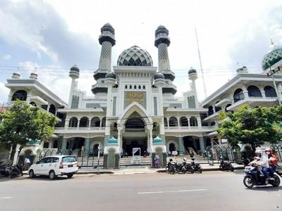 5 Masjid Cantik yang Wajib Dikunjungi untuk Wisata Religi
