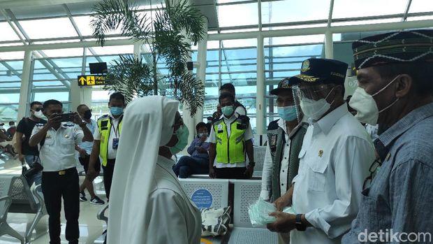 Menhub Tinjau Bandara El Tari Kupang