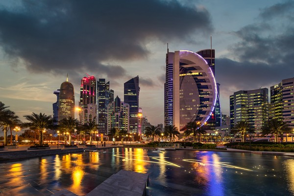 Qatarmenjadi yang teraman di dunia karena wilayahnya hanya berisiko terkena gempa sekitar 0,1 persen.