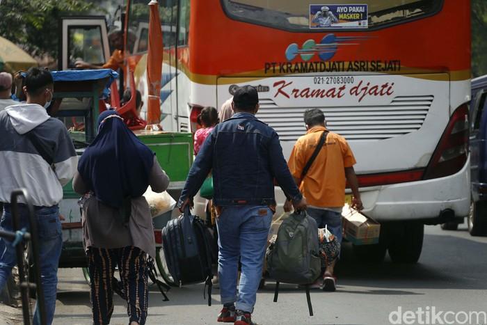 Pemerintah memutuskan meniadakan mudik Lebaran tahun ini. Keputusan ini berimbas pada pelarangan operasi moda transportasi pada 6 hingga 17 Mei 2021.