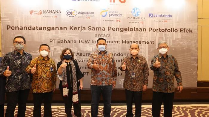 Indonesia Financial Group (IFG) melakukan Pengelolaan Portfolio Efek antar anak usahanya. Dengan adanya kerja sama ini dapat meningkatkan sinergi antar anak perusahaan.