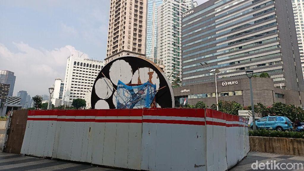 Penampakan Proyek Tugu Sepeda Rp 800 Juta di Jalan Sudirman Jakpus