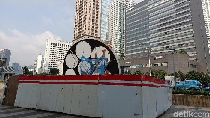 Proyek tugu sepeda di Jl Jenderal Sudirman Jakpus (Karin/detikcom)