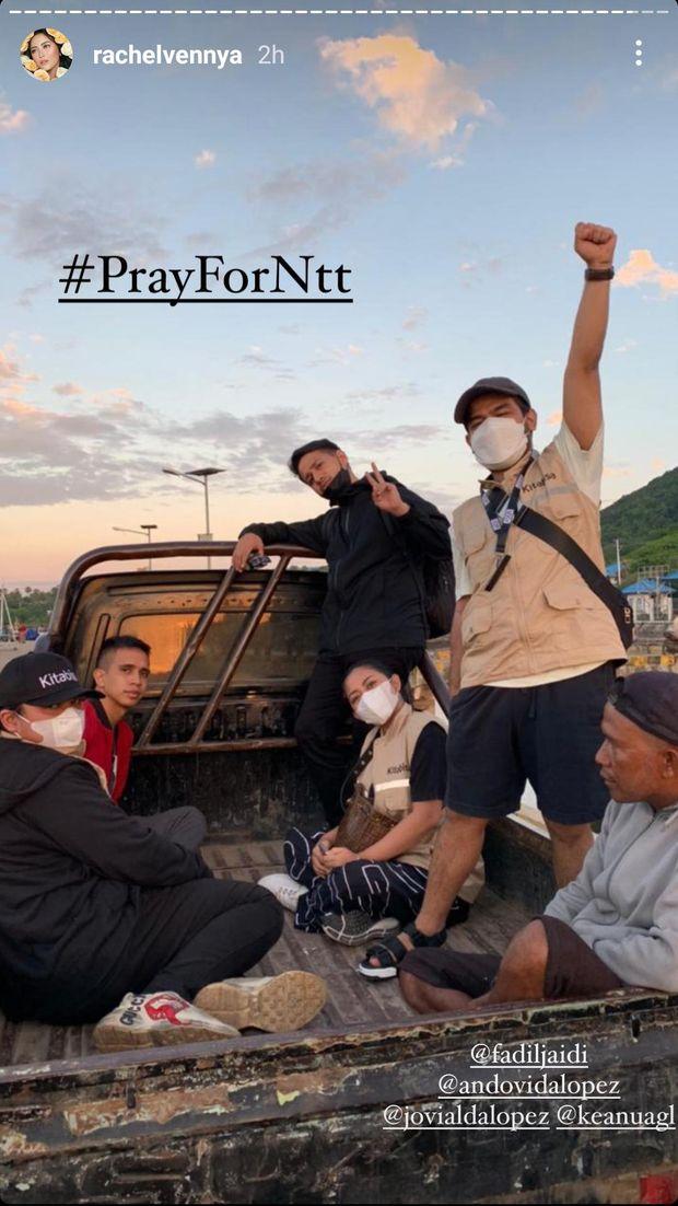 Rachel Vennya terjun langsung ke lokasi bencana di NTT