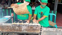 Mantul! Kikil Kepala Kambing Bakar Lombok Ijo yang Nikmat dari Tegal