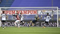 Parma Vs Milan: Rossoneri Menang 3-1, Ibrahimovic Dikartu Merah