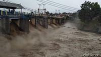 Puncak Bogor Diguyur Hujan Deras, Bendung Katulampa Siaga 3 Banjir