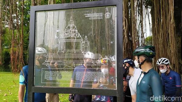 Selama berada di candi ini, mereka dipandu guide sehingga mendapatkan storytelling mengenai sejarahnya baik Candi Mendut maupun Pawon. Bahkan saat sampai di Candi Borobudur, mereka bisa keliling di area zona 2 kawasan Candi Borobudur dengan bersepeda.