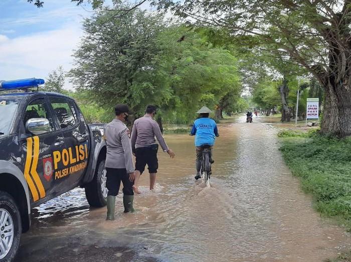 Hujan 6 Jam Membuat Sungai Madiun Meluap, Ngawi Siaga Banjir