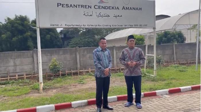 Komisaris Independen PT Pelni (Persero) Kristia Budiyarto bertemu Ketua Bidang Pengurus MUI Pusat, KH Cholil Nafis.