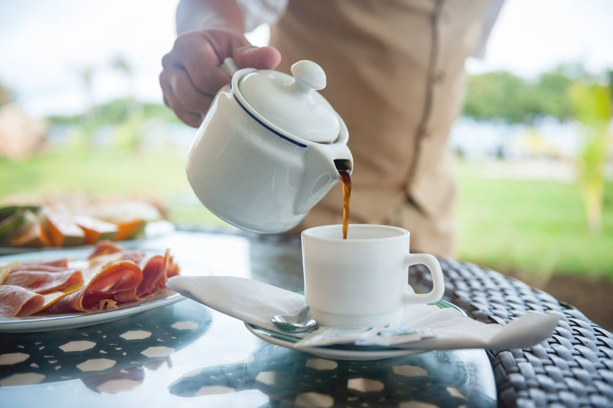 drinkPangeran Philip Rutin Minum Kopi Hitam di Pagi Hari, Ini 5 Manfaat Sehatnya