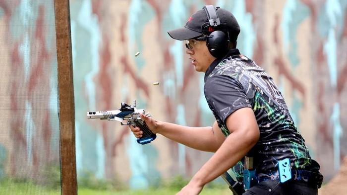 Omar Rawiendra Harnoko tampil di The International Practical Shooting Confederation (IPSC) Level III Danjen Kopassus Open Championship 2021.
