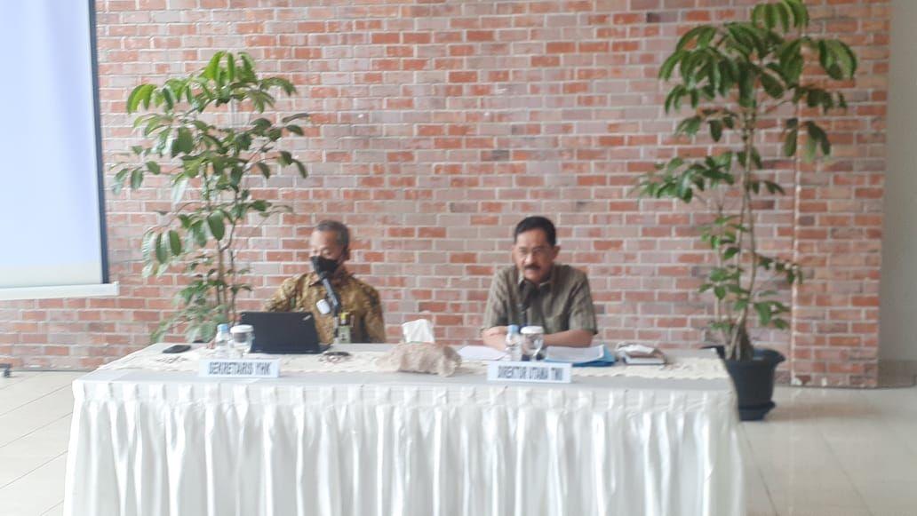 Sekretaris Yayasan Harapan Kita (kiri) dan Dirut TMII (kanan) (Foto: Afzal/detikcom)