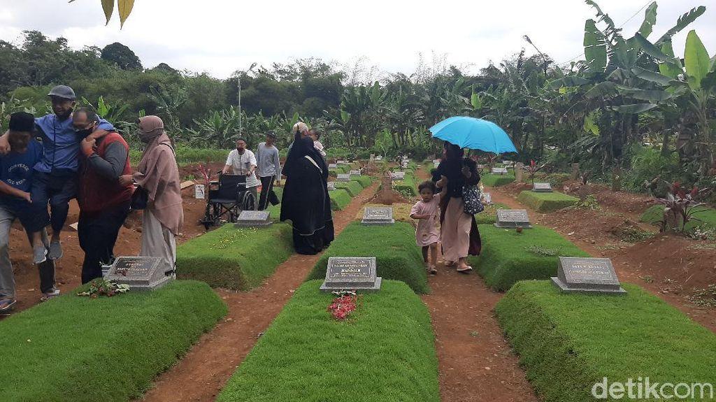 TPU Khusus COVID-19 di Bogor Ramai Peziarah Jelang Ramadhan