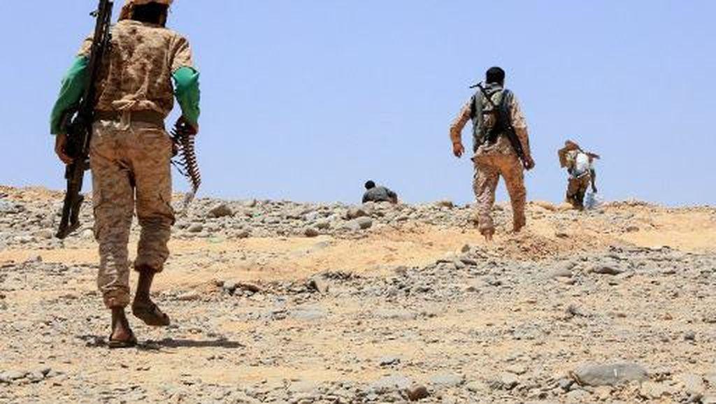Pertempuran Sengit Houthi dan Yaman Makan Korban Jiwa 70 Orang